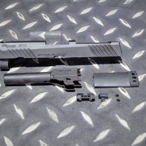 謎版 VFC 系統 M18 SIG SAUER 刻字 鋼製 改裝套件 黑色 DDP-M18-001-BK