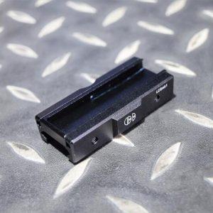 PEQ-15 SF線控 戰術槍燈 雷射 鼠尾固定器 20MM 魚骨 導軌 尾線座 JDT375