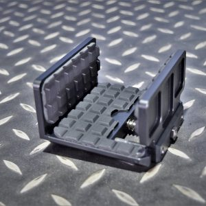 腳架用射擊雲台 鋁合金 狙擊槍 步槍 射擊腳架夾座 固定座 夾具 歸零 彈道校正 架設 19398-TUJ