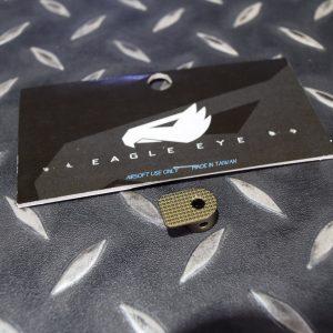 鷹眼 EAGLE EYE SCAR 系列專用 鋁合金加大彈匣釋放鈕 沙色 EGL-01-TAN