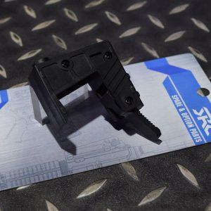 SRC M4 AEG 電動槍 9MM 彈匣轉接座 手槍彈 SR4-130