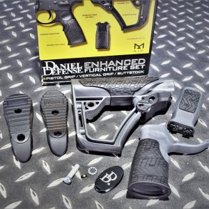 DD Daniel Defense 握把+M-LOK 戰術握把+槍托 M4 AR 灰色 P0000120
